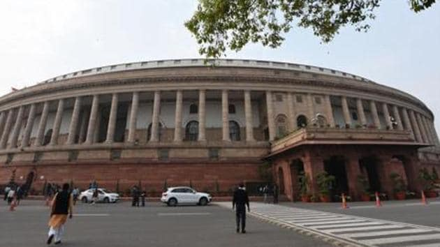 Parliament members on Monday suggested interventions such as interlinking of rivers and rainwater harvesting to deal with the water crisis affecting large parts of the country.(Sonu Mehta/HT PHOTO)
