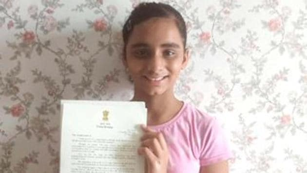 The news of PM Modi writing back to the 11-year old girl was shared by her father on Twitter.(Twitter/@ravinderyadava)