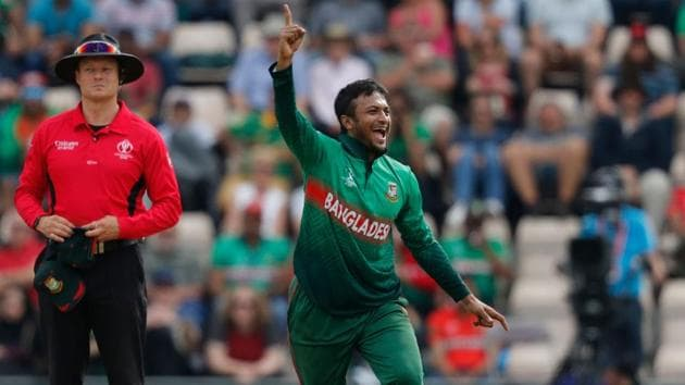 Bangladesh's Shakib Al Hasan celebrates after the dismissal of Afghanistan's captain Gulbadin Naibduring the 2019 Cricket World Cup group stage match between Bangladesh and Afghanistan at the Rose Bowl in Southampton, southern England, on June 24, 2019. (Photo by Adrian DENNIS / AFP) / RESTRICTED TO EDITORIAL USE(AFP)