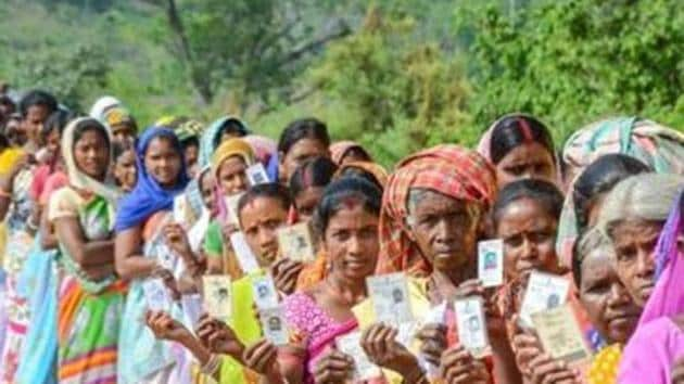 With the electoral alliance between the Sp-BSP ending in a divorce, the upcoming bypolls to 12 assembly seats in Uttar Pradesh are likely to witness a four-cornered contest.(PTI/Representative Image)