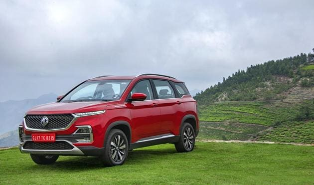 The blade-like turn indicators and the techy headlamp cluster in the new MG Hector look futuristic