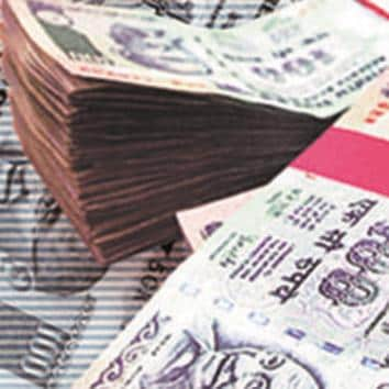 According to a Care Ratings report for April, corporate debt papers have the highest fund exposure of Rs 4.2 lakh crore with a share of 30% in debt mutual funds. Image used for representative pictures.(BLOOMBERG NEWS)