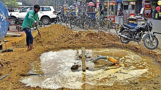 The Ludhiana Smart City project has failed to address major issues such as rain water accumulation across the city, pollution, outmoded condition of fire brigade etc(HT Photo)