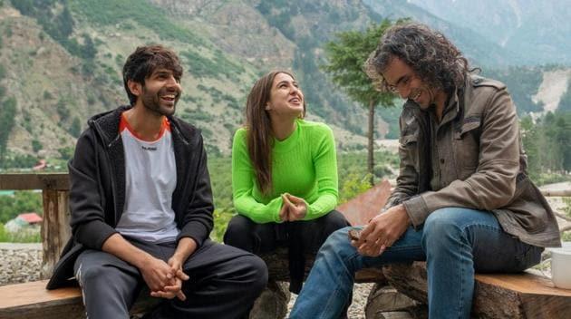 Kartik Aaryan, Sara Ali Khan and Imtiaz Ali in Himachal Pradesh.