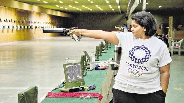 Pistol shooter Rahi Sarnobat at the Balewadi stadium shooting range. When in Pune, this is Sarnobat's practice range, though it is only a 10m range.(Milind Saurkar/HT Photo)