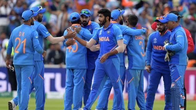 Cricket World Cup: India beat Bangladesh to book semis berth(AFP)