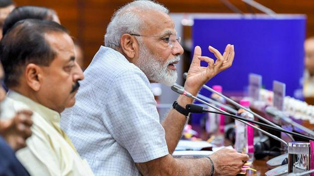 Prime Minister Narendra Modi has cautioned members of parliament to behave themselves(PTI file photo)