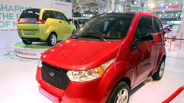 Reviewing the global scenario of EVs, the Survey noted that the market share of electric cars in India was a meagre 0.06%, compared to about 2% in China and around 39% in Norway.(HT Photo)