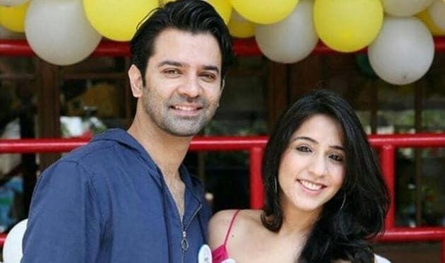 Actor Barun Sobti and wife Pashmeen Manchanda (barunsobtisays/Instagram)