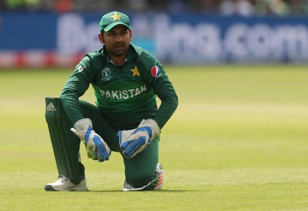 Sarfaraz Ahmed has to win the toss against Bangladesh at Lord's in order for Pakistan to have any chance of qualifying for the World Cup semi-finals.(Action Images via Reuters)