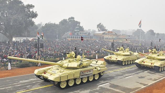 T-90 Bhishma tanks march down Rajpath during the Republic Day parade, New Delhi, January 26, 2016.(Vipin Kumar/ HT File)