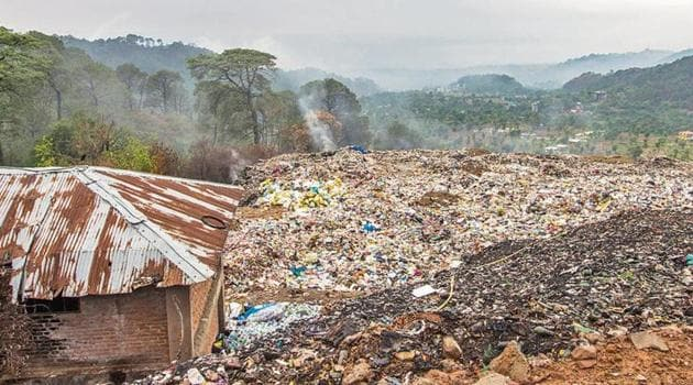 The disposal of solid waste is the biggest problem Dharamshala town is facing.(HT Photo)