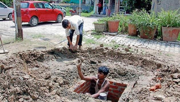 Most housing societies have rain harvesting systems, but they are installed just to get completion certificates and are dysfunctional.(HT file photo)