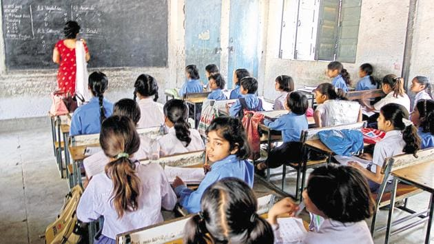 The Rajasthan Council of School Education (RCScE) issued an order on July 11 to all district education officers (DEOs) and district project coordinators of the Samagra Shiksha Abhiyan regarding a survey of school children by De-worm the World Initiative from July 5, to study worms found in their stool.(HT PHOTO.)
