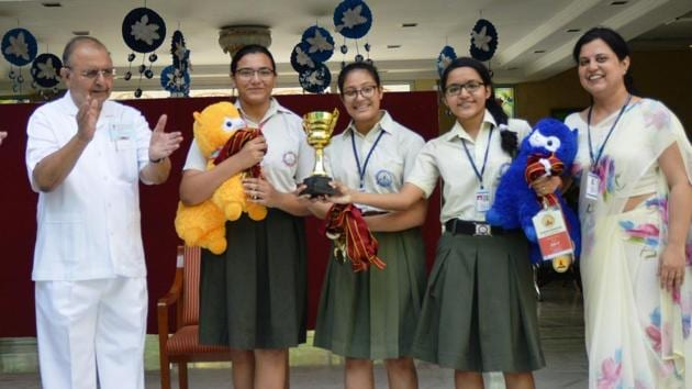 The school won 29 gold and 11 silver medals and a trophy(HT)