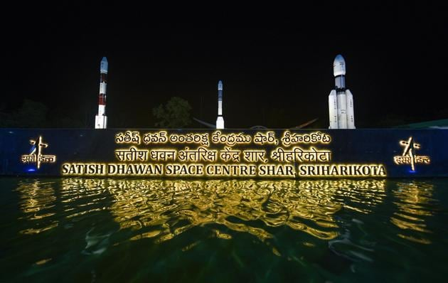 A model of GSLV Mark III on display at Satish Dhawan Space Centre in Nellore district, Monday, July 15, 2019. Chandrayaan 2 suffered a jolt after a technical snag forced the Indian Space Research Organisation (ISRO) to call off the launch.(Photo: PTI)