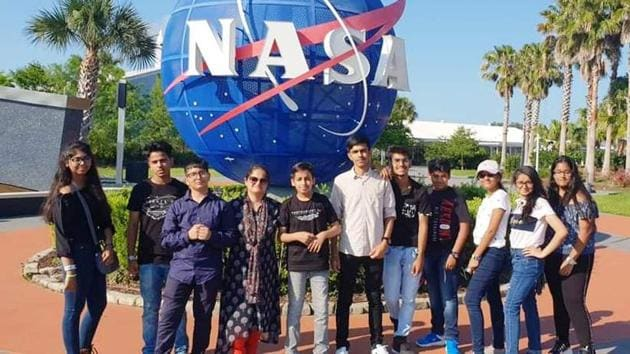 The visit made the students experience different aspects of space travel(HT)