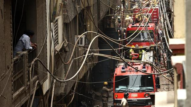 Fire fighters and tenders carried out rescue operations at a rubber factory at Delhi's Jhilmil industrial area July 13, 2019(Vipin Kumar/HT File Photo)