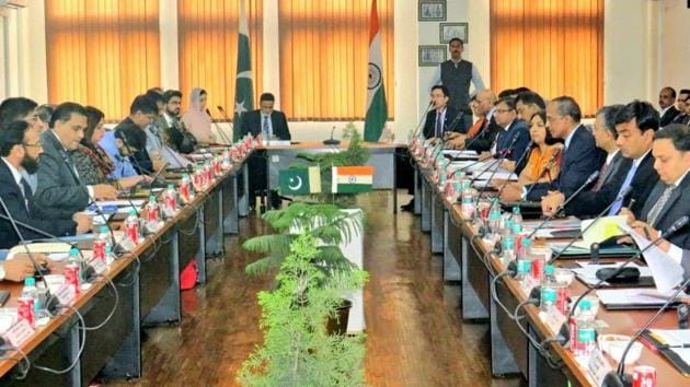 Indian and Pakistani officials during a bilateral talk meeting held in relation with the construction of the Kartarpur Sahib Corridor that will connect pilgrims to the Gurdwara in Kartarpur Sahib on March 2019.(HTFile)