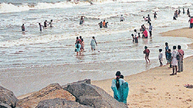 The Ministry of Environment, Forests and Climate Change (MoEFCC) issued an order on July 12 identifying 12 beaches for the certification.(HT File / Representational Photo)