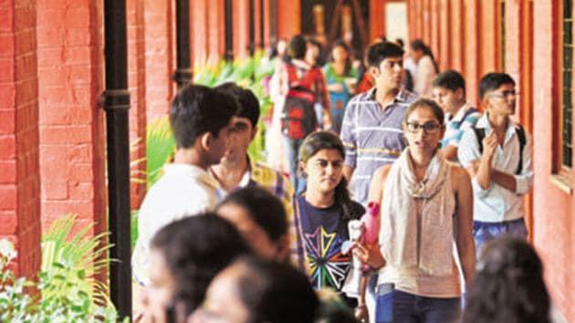 DU is hiring 769 professors, associate and assistant professors. Check details here(Saumya Khandelwal/HT PHOTO)