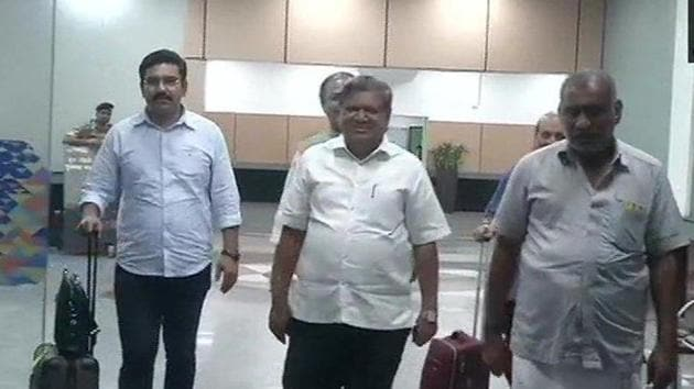 Karnataka BJP delegation led by Jagadish Shettar, Basavraj Bommai, Arvind Limbavali and other leaders in the arrival lounge of IGI Airport. They are here to meet Home Minister Amit Shah to discuss recent developments in Karnataka as BJP looks forward to form a government in the state where the coalition government of Congress and JD(S) failed to prove its majority in the floor test on Tuesday.(ANI/Twitter)