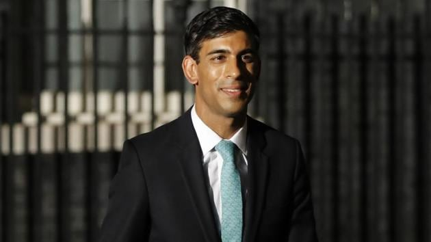 Britain's newly-appointed Chief Secretary to the Treasury Rishi Sunak leaves 10 Downing Street in London. Sunak is the son-in-law of Infosys founder N R Narayana Murthy.(AFP)