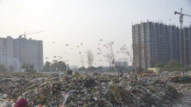Last year the CPCB had constituted 52 teams during the winter, when air pollution is at its peak, to physically inspect all construction sites and such areas across Delhi to check violation of green norms.(Sakib Ali / Hindustan Times)