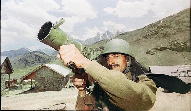 The plan was to occupy around 15-20 peaks. Having crossed over into unoccupied areas, the excited young soldiers expanded their presence. It was a classic snowballing into mission creep, ending up in occupation of 120 peaks. They were now in a logistical stretch, making themselves vulnerable to Indian military attacks(HT)
