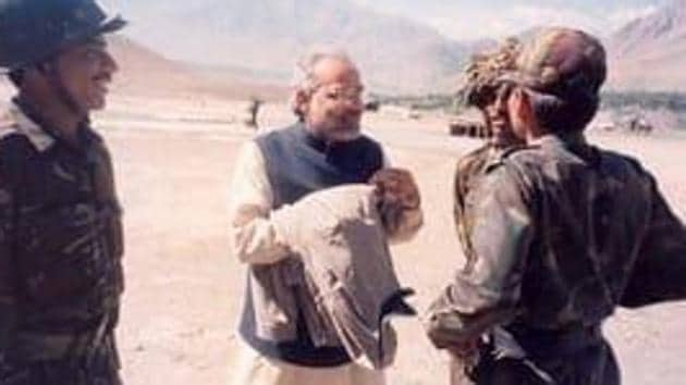 The Prime Minister tweeted photos on the event of Kargil Vijay Diwas - 20th anniversary celebrations of India's victory against Pakistan in the Kargil War, fought in 1999.(@narendramodi/Twitter)