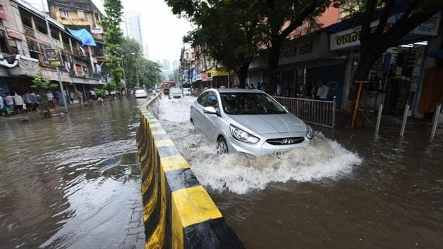 The pumping stations are expected to provide relief from flooding in Andheri and Wadala-Dadar areas.(HT File)