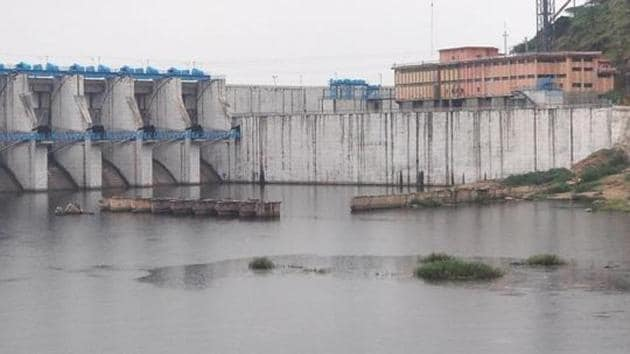 A file photo of the BIsalpur dam that supplies water to Jaipur city and rural, Ajmer, and Dausa.(HT File)