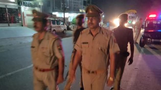 Senior superintendent of police, Agra, Babloo Kumar took up the matter on Friday and asked SP (rural) Ravi Kumar to file a report. (Photo @agrapolice)