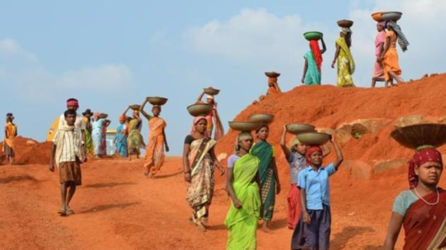 The national average for women beneficiaries of the scheme in 2019-20 is 57.2%. In 2011-12, women's share of work stood at just 48%. (HT photo)
