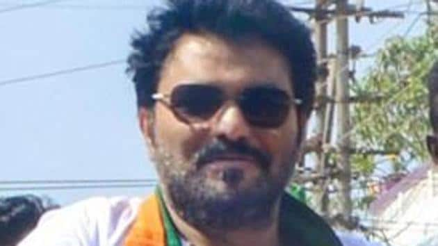Union Minister Babul Supriyo wrote an open letter to the 49 signatories who recently wrote to Prime Minister Narendra Modi expressing concern over the incidents of lynching.(PTI Photo)
