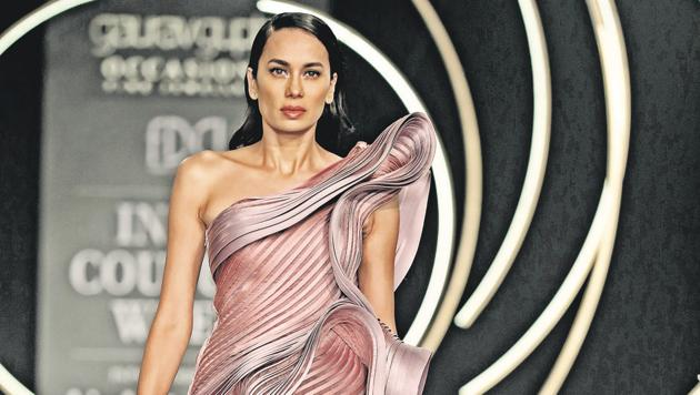 India Couture Week 2019: A model walks in an asymmetrical, structured gown.(HTBS/Raajessh Kashyap)
