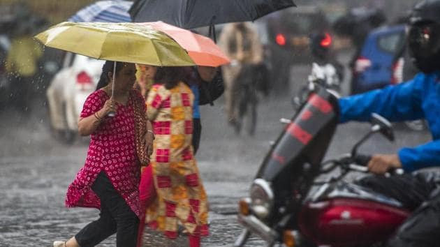 Dr. KJ Ramesh, IMD chief said it is necessary for IMD to receive 160 rain gauges and four small X-band Doppler radars to improve their forecasts(Pratik Chorge/HT Photo)