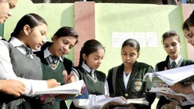 The Central Board of Secondary Education has asked schools affiliated to it to not entertain any request for subject change in classes 10 and 12 on account of parents or students making their own arrangements to study.(PTI file)