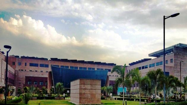 GIMS is located in Greater Noida, near Kasna. It sees patients from Greater Noida, Jewar, Dadri as well as from Hapur and Bulandshahr.(gims.ac.in)
