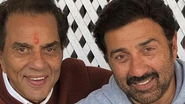 Dharmendra took to Twitter to thank all for showering their praise for Sunny Deol.(Instagram)