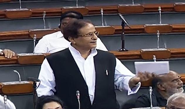 SP MP Azam Khan speaks at Lok Sabha. He apologised over his comments he made during the triple talaq discussions.(ANI Photo)