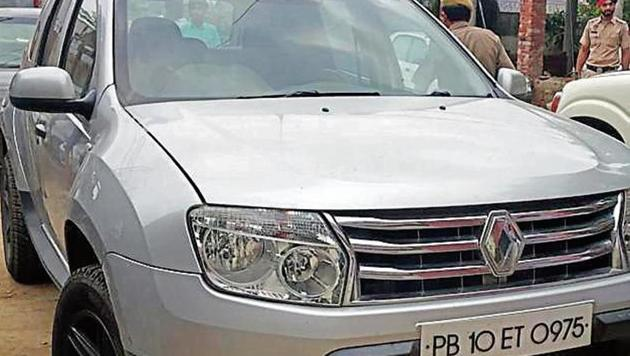 The Renault Duster in which the couple was travelling from Chandigarh to Ludhiana on the night of July 29, 2019.(HT Photo)