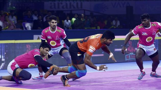 Jaipur Pink Panthers beat Haryana Steelers(PKL)