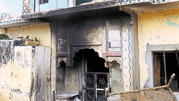 More than 60 people were killed and displaced over 40,000 people in the communal violence that broke out in Uttar Pradesh's Muzaffarnagar in 2013.(HT File Photo)