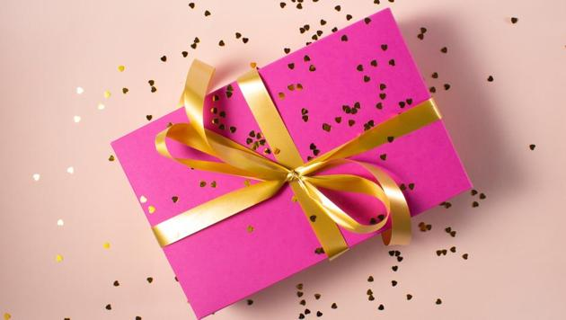 Gifts have been recognised as an effective means to build interpersonal relationships.(Unsplash)