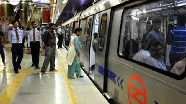 A senior Metro official said the campaign was aimed to create awareness among commuters of the growing problem of people trying to kill themselves by jumping onto the tracks.(HT File Photos)