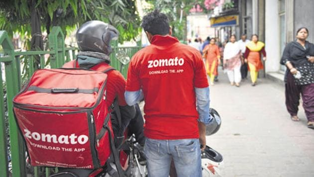 """Zomato customer from Jabalpur who refused to take delivery from a """"non-Hindu"""" has been slammed.(Indranil Bhoumik/mint)"""