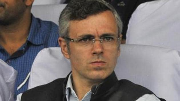 National Conference leader Omar Abdullah is reaching out to various political leaders to discuss the 'prevailing situation' as speculation that the Centre was preparing the ground to revoke Article 35A gains momentum.(Waseem Andrabi/ Hindustan Times)