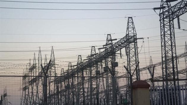 The AAP, which recently scored a landslide victory in polls to the Delhi assembly, had promised in its election manifesto provide electricity at cheaper rates. (HT file photo)