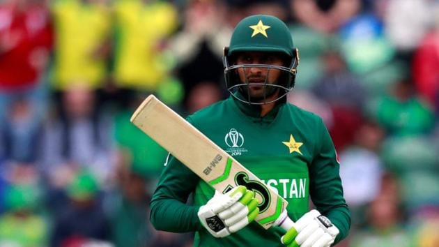 Shoaib Malik unlikely to get a PCB central contract(Action Images via Reuters)